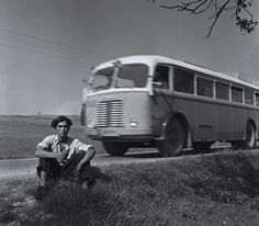 René Burri, a documentary filmmaker Bratislava, 1955 Types Of Photography, Street Photography, Portrait Photography, Zurich, The Road Not Taken, Susan Sontag, Photographer Portfolio, Cultural Events, Magnum Photos
