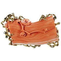 Unique Momo Coral Convertible Brooch/Pendant