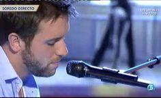 """Pablo Alboran interpreta su último single """"Tanto"""" en el plató de QTT http://www.telecinco.es/quetiempotanfeliz/actuaciones/Pablo-Alboran-canta_2_1602855062.html"""