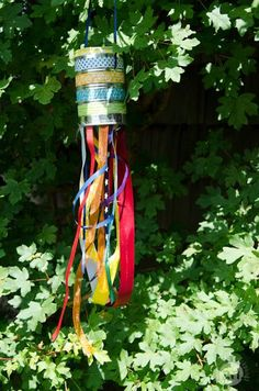 Der Sommer ist da – Windspiel – Im Blickpunkt y Manualidades Reciclaje y Manualidades Ideas y Manualidades ✂️ Outdoor Fun For Kids, Diy For Kids, Crafts For Kids, Summer Crafts, Diy And Crafts, Garden Games, Summer Is Here, Nature Crafts, Yard Art