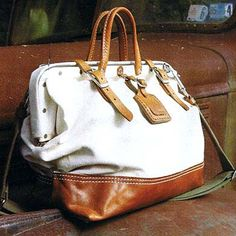 billykirk carryall---- it looks like one of my hubby's tool bags hmmmm My Bags, Purses And Bags, Fashion Bags, Fashion Accessories, Sac Week End, Beautiful Bags, Louis Vuitton Speedy Bag, Vogue, Glamour