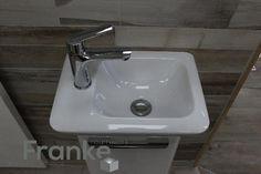 Kleine platzsparendes Waschbecken von Keramac mit dem passenden Unterschrank www.franke-raumwert.de #Waschbecken #Naturstein
