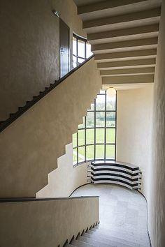 France, Nord (59), Croix, Villa Cavrois par l'architecte Robert Mallet-Stevens, classée au titre des monuments historiques, escalier Date prise de vue : 13/04/2016 Crédit : PAUBEL Frank / hemis.fr