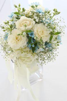 #novarese#VressetRose #Wedding #white #round #bouquet #clutchbouquet #natural#Flower #Bridal #ノバレーゼ#ブレスエットロゼ #ウエディング# ホワイト#グリーン#シンプル #クラッチ# ブーケ# ナチュラル#小花#バラ#カスミ草#ナチュラル#ブライダル#結婚式