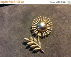 On Sale Vintage gold tone Sunflower pin brooch by EMTWTT on Etsy