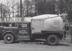 Mix Concrete, Concrete Mixers, Antique Trucks, Vintage Trucks, Mixer Truck, Garbage Truck, Commercial Vehicle, Classic Trucks, Heavy Equipment