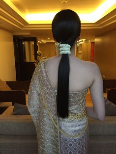 Thai wedding #hairstyle #hair #hairs #birde #hairpost #wedding #widdinghair #bride #beauty #bridal #beautiful  #glam #sweet #cool #chic #love #deluxe #luxury #forever #nice #artist #updo #curls #happy