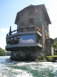 I would be okay with living here! Rheinfall, Schlössli Wörth