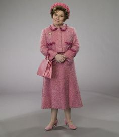 PIPOCA COM BACON - Top 10 – Trilhas Sonoras de Filmes   Dolores Umbridge ( Imelda Staunton ) em Harry Potter e a Ordem da Fênix ( Harry Potter and the Order of the Phoenix ) de 2009.   #asvantagensdeserinvisível #crazystupidlove #curtindoavidaadoidado #dirtydancing #donniedarko #footloose #godzilla #magnolia #petersfriends #pequenamisssunshine #pipocacombacon
