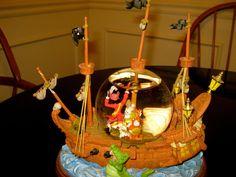 Disney Parks Peter Pan Pirate Ship Snow Globe cpt Hook