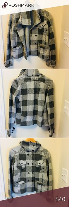 Hurley soft plaid jacket in great condition Hurley soft plaid jacket in great condition. Feels like a sweatshirt material, size M. Hurley Jackets & Coats