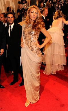 Pin for Later: Welcome to the Hall of Fame: 10 Met Gala Vets and Their Best Looks Blake Lively In 2011, Blake Lively wore a Chanel Haute Couture gown for the Alexander McQueen: Savage Beauty exhibit.