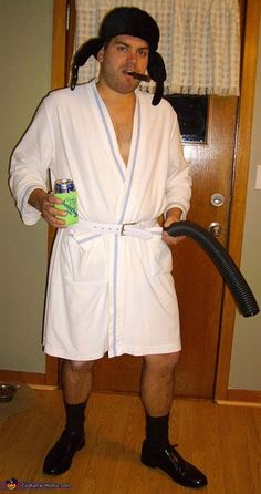 Best. Costume. Ever. Cousin Eddie from Christmas Vacation - Homemade costumes for men. Hilarious!