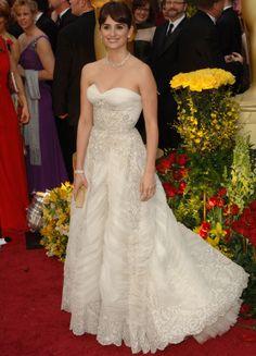 Penélope Cruz: Inolvidable en los Oscar de Pierre Balmain Haute Couture vintage
