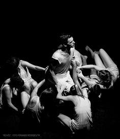 """Resvés""  37.25 - Núcleo de Artes Performativas  Fernando Resendes  #Dance #37.25 #Resves #NAP"