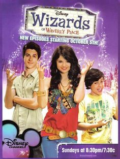 Wizards of Waverly Place, Selena Gomez, David Henrie, Jake T. Series Disney Channel, Series Da Disney, Old Disney Channel, Disney Shows, Disney 2000, Triste Disney, Selena Gomez Wallpaper, Zack E Cody, Wizards Of Waverly Place
