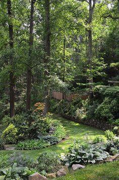 Ideas Backyard Shade Garden Grass For 2019 Backyard Trees, Backyard Shade, Shade Garden, Terraced Landscaping, Front Yard Landscaping, Landscaping Ideas, Natural Landscaping, Outdoor Landscaping, Pergola Ideas