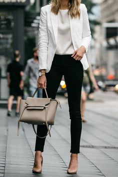 Check latest office & work outfits ideas for women, office outfits women young p. - - Check latest office & work outfits ideas for women, office outfits women young professional business casual & office wear women work outfits business . Classy Business Outfits, Trajes Business Casual, Business Outfit Frau, Casual Work Outfits, Work Casual, Stylish Outfits, Women's Casual, Autumn Casual, Business Formal Women