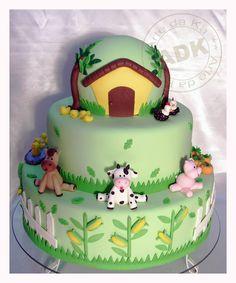 bolo fazendinha 3 andares