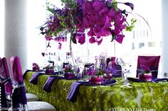 Radiant Orchid Wedding Tablescape