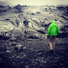 Glacier. Iceland. #hasajacezajace #iceland  #iloveiceland  #travelphotography  #travelmore  #travel #trip #hike  #glacier #green #nature  #outdoor #dust #extreme