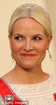 The Diamond Daisy Tiara; worn by Crown Princess Mette-Marit of Norway.