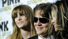 Paris Jackson's Mom: Paris Elated As Debbie Rowe Finished With Chemotherapy