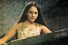 Olivia Hussey and Leonard Whiting in 'Romeo and Juliet' (1968)