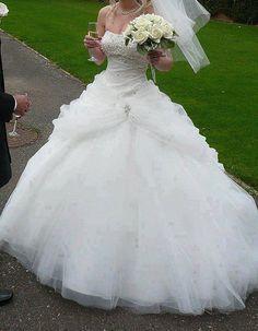 Wedding Dresses Hochzeitskleider - http://www.1pic4u.com/blog/2014/06/07/wedding-dresses-hochzeitskleider-142/