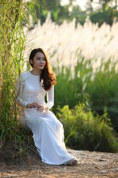 Hot girl Lào bị nhầm tưởng gái Việt khi mặc áo dài hình ảnh 10