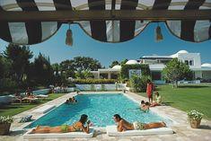 Poolside In Sotogrande - Slim Aarons