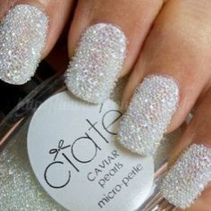 18 BEAUTIFUL AND ATTRACTIVE NAIL