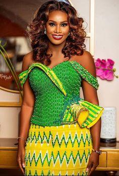 Ghana Wedding Dress, Wedding Dress Styles, African Fashion, African Style, Kente Styles, Classy Women, Traditional Wedding, Peplum Dress, African Clothes