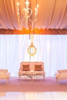 lover's lounge + romantic wedding details @ivyrobinson @corbin