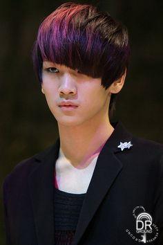 SHINee Key - purple highlights on black hair