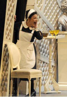 Roxana Incontrera, Costumista Luigi Perego, Regia Grischa Asagaroff, Teatro Semperoper Dresden, Germania 2008 Fonte: semperoper.de