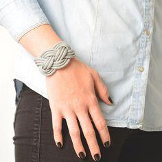 paracorde noeud marin bracelet                                                                                                                                                     Plus