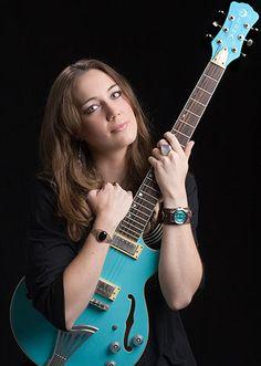 Luna Guitars Artist Meagan Tubb