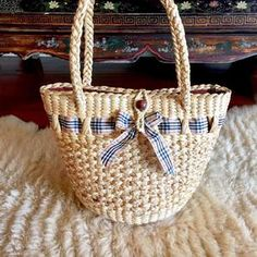 Handwoven Straw BagBasket BagStraw BagStraw Basket | Etsy Kitchen Bistro Set, Picnic Essentials, Beach Basket, Straw Handbags, Straw Tote, Basket Bag, Beach Tote Bags, Hand Weaving, Unique Jewelry
