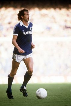 Football Cards, Football Shirts, Football Players, Stock Pictures, Stock Photos, Everton Fc, Bbc Broadcast, Creative Video, Image Collection