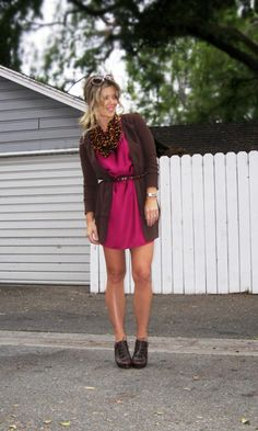 This guide will show you the best accessories to reflect your personal style. From necklaces to vintage accessories like lunchbox purses, this article will help you look high fashion in your accessorized cardigan. Spring Summer Fashion, Autumn Winter Fashion, Leopard Cardigan, Shopping Spree, Sweater Shop, Pink Brown, Vintage Accessories, Accessorize Clothes, High Fashion