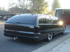 Black Roadmaster with hitch Buick Wagon, Station Wagon Cars, Dodge Muscle Cars, Buick Roadmaster, Ford Torino, Chevy Impala, Car Photos, Custom Cars, Vintage Cars