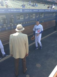 Dodger legends Don Newcombe and Sandy Koufax: pic.twitter.com/63hRa3n9Op