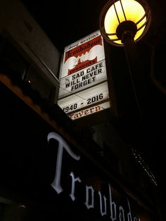 the Troubadour Bar after Glenn's passing. Easy Listening Music, Music Love, Good Music, Great Bands, Cool Bands, Eagles Band Members, Glen Frey, History Of The Eagles, Rip Glenn