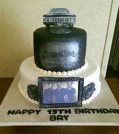 "Cake April Supernatural Cake ""Happy Birthday Isabelle"" I could… Bolo Supernatural, Supernatural Cosplay, Supernatural Drawings, Supernatural Tumblr, Supernatural Birthday Cake, Supernatural Finale, Supernatural Jewelry, 17 Birthday Cake, 18th Birthday Party"