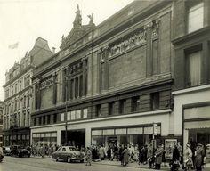 In pictures: Take a trip down Glasgow's retail memory lane to Arnotts, Pettigrew & Stephens and Goldbergs Glasgow Scotland, Edinburgh, Argyle Street, Glasgow City, Dundee, Best Cities, Old Photos, Beautiful Places, Street View