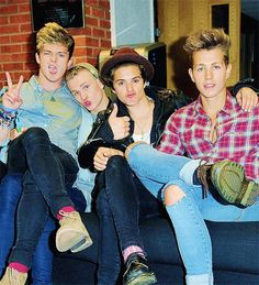 Oh The Vamps are so perfect! The Vamps Brad Simpson, James McVey, Connor Ball and Tristan Evans.