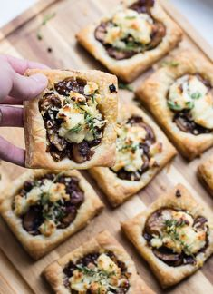 Balsamic Mushroom Goat Cheese Tarts – The Lilypad Cottage balsamic mushroom goat cheese tarts. Cheese Tarts, Goat Cheese, Boursin Cheese, Cheese Appetizers, Appetizer Recipes, Puff Pastry Appetizers, Mushroom Tart, Mushroom Salad, Balsamic Mushrooms