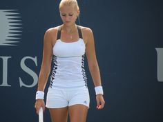 Kristina Mladenovic training in Stanford at the Bank of the West Open #WTA #Mladenovic #Stanford