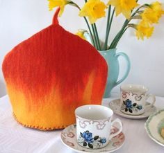 Felted tea cozy--------love this want this!